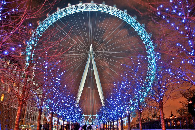 London Eye bei Nacht (Bild: Mike Peel, Wikimedia, CC)